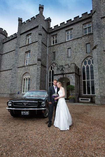 Bride & groom at Wycombe Abbey, Buckinghamshire
