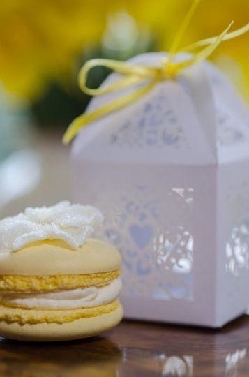 Lemon macaron wedding favour