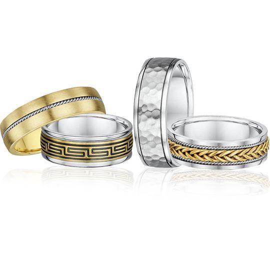 Diamond-cut wedding tings