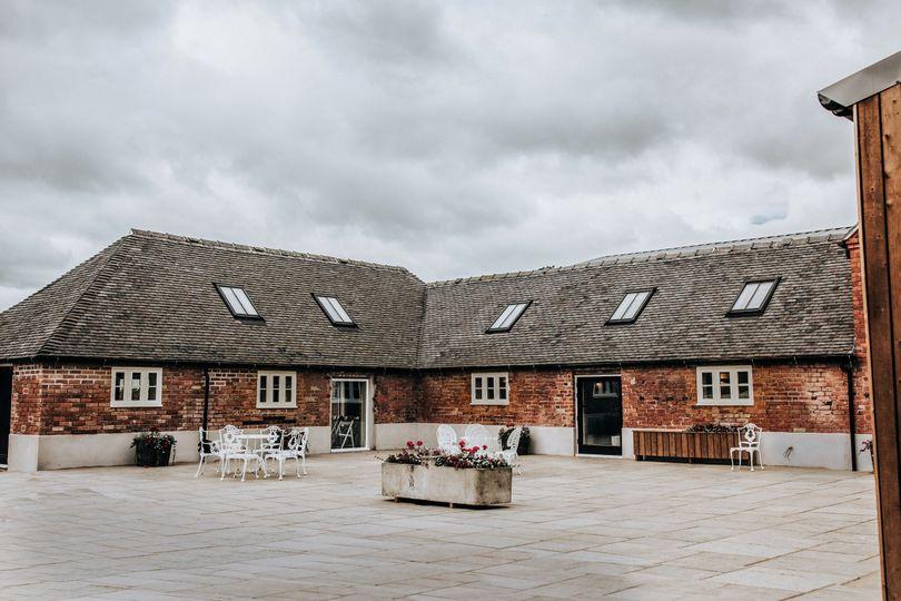Hanbury Wedding Barn 19