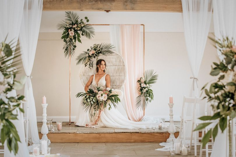 Hanbury Wedding Barn 20