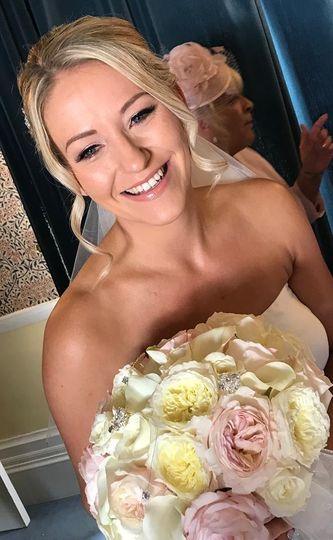 Beauty, Hair & Make Up Amy Clare - Makeup Artist 30