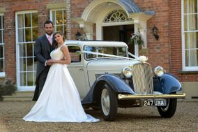Ivory Vintage Wedding Car Hire