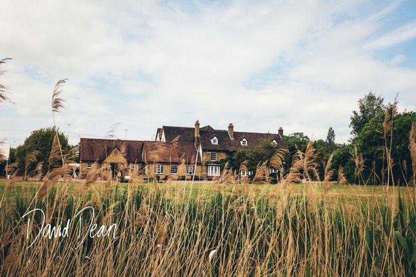 Cromwell Manor