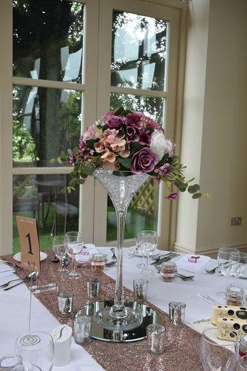 60cm martini vase with flowers