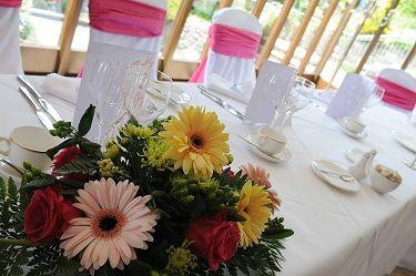 Gorgeous table decor!