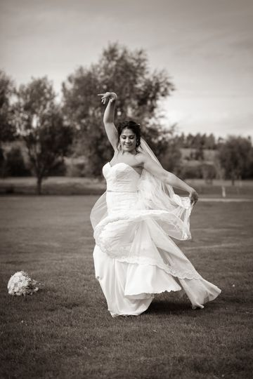 Having a great time - Steve and Tania Photography