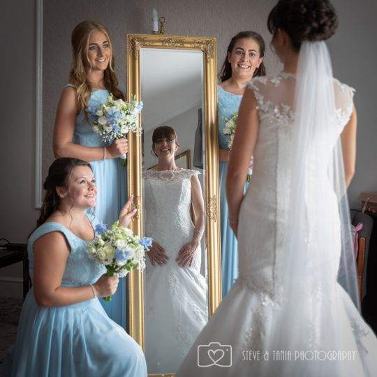All smiles - Steve and Tania Photography