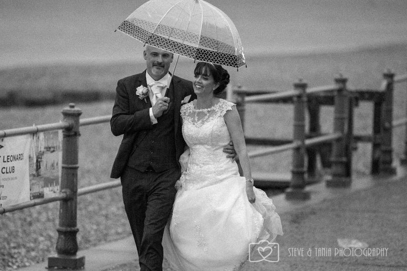Walking together - Steve and Tania Photography