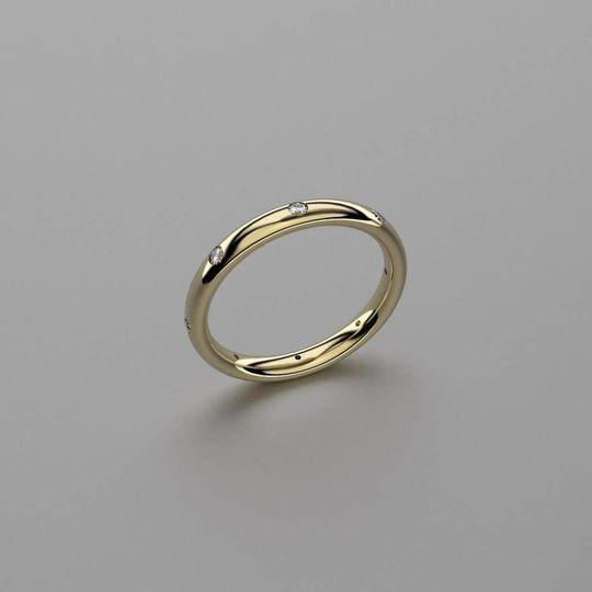 Simple bespoke ring