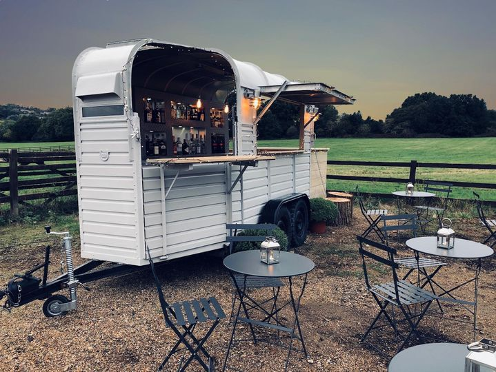 Mobile bar with outdoor furniture