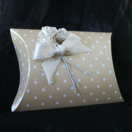 Polka dot wedding favour box