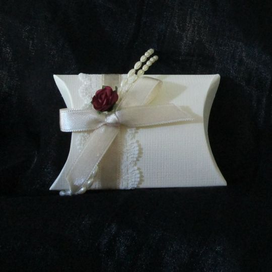 Vintage style wedding favour box