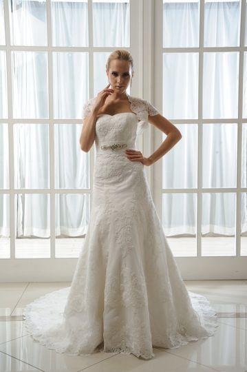 Daisy Brides by Harvee
