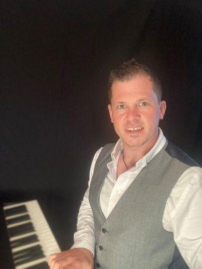 Chris Morris - Wedding Pianist