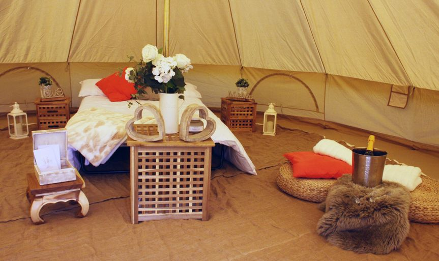 Newlyweds tent