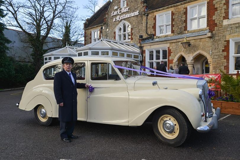 Vintage 7 seater limo