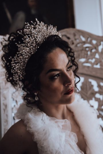 HESTIA Bridal Crown