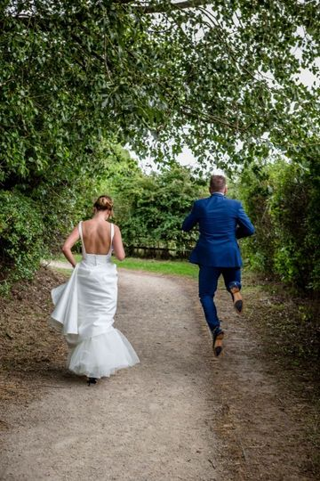Ray and Julie Photography - Woodland wedding