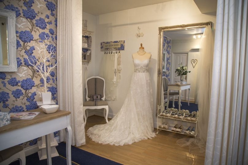 bridalwear shop george james 201503310524227383718694