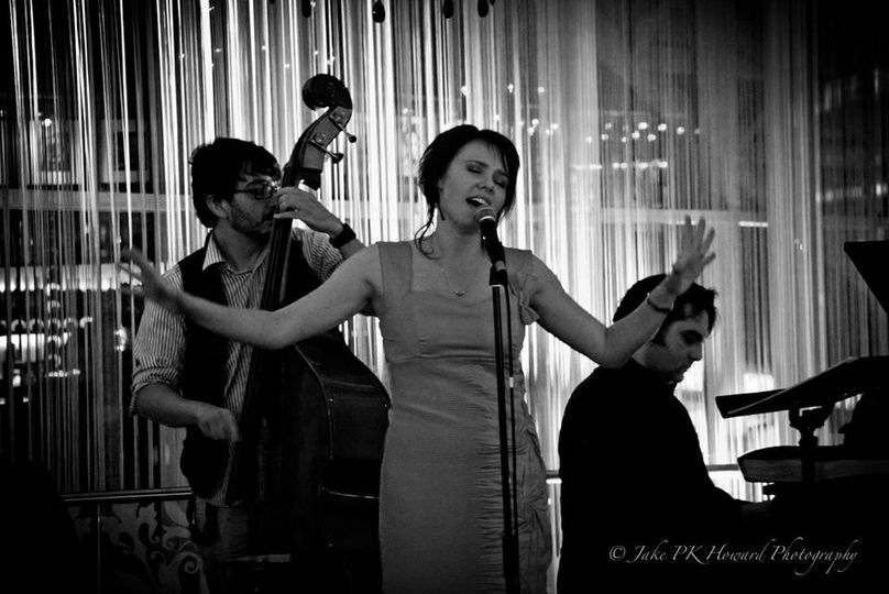 Entertainment The London Swing and Soul Band 8