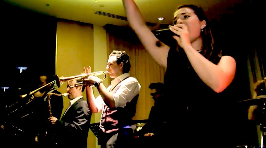 Entertainment The London Swing and Soul Band 16