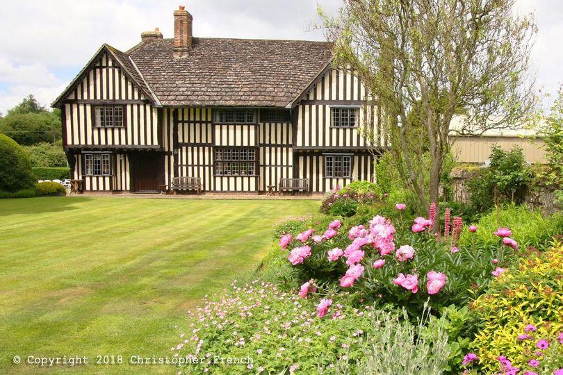 Brewerstreet Farmhouse Manor & Gardens