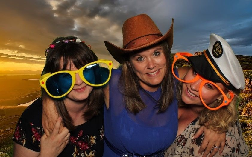 Photo Booths Smiley booth Leicestershire 12