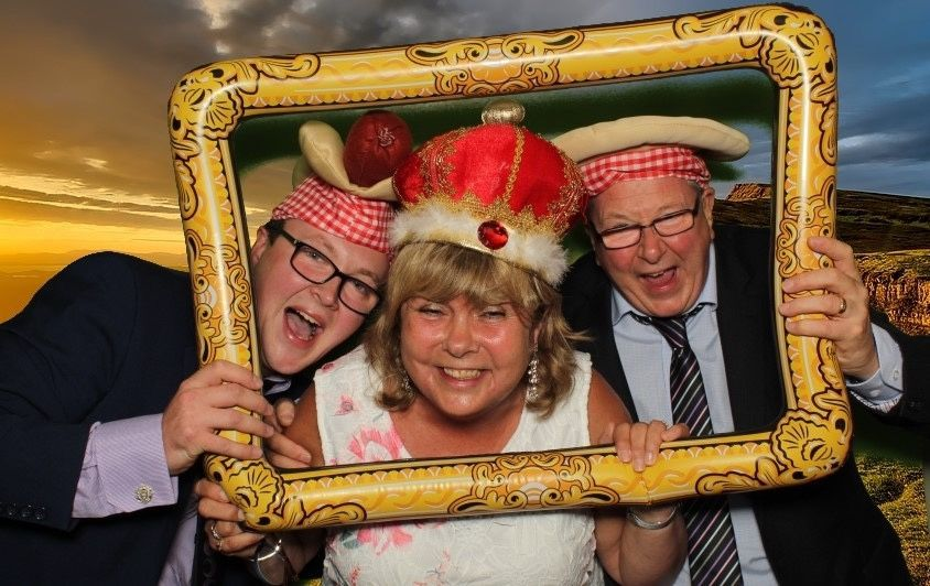 Photo Booths Smiley booth Leicestershire 13
