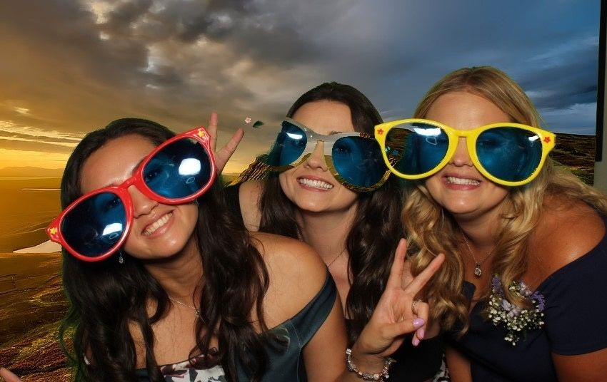 Photo Booths Smiley booth Leicestershire 14