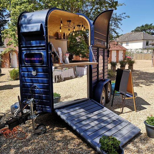 Mobile Bar Services The Trough Horse Box Bar 7