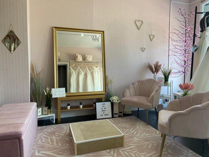 Blush Bridal Suite