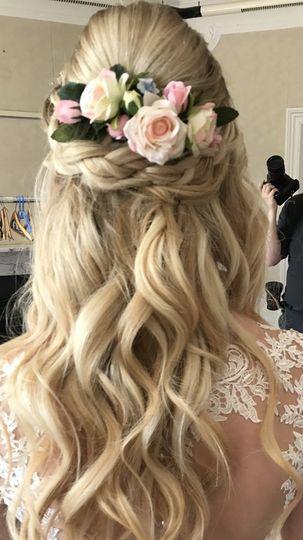 Beauty, Hair & Make Up Sarah White Hair and Make-up Artistry 44