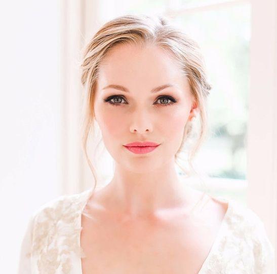 Beauty, Hair & Make Up Make Me Bridal 52