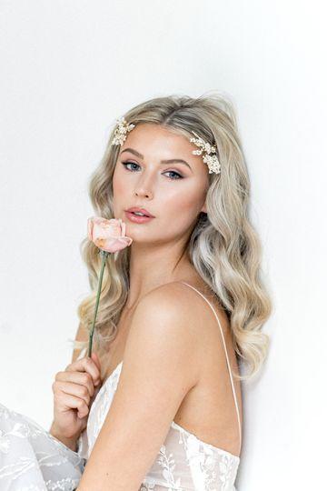 Beauty, Hair & Make Up Make Me Bridal 75