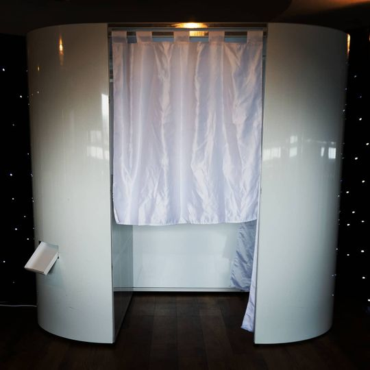 Photo booth and magic mirror