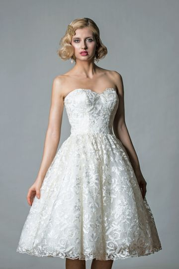 Bridalwear Shop Cutting Edge Brides 57