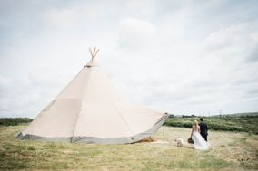 Wild Tipi at Hendra Cottage