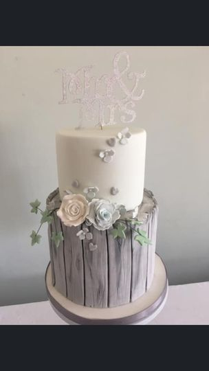 Cakes Cakes by louise 15