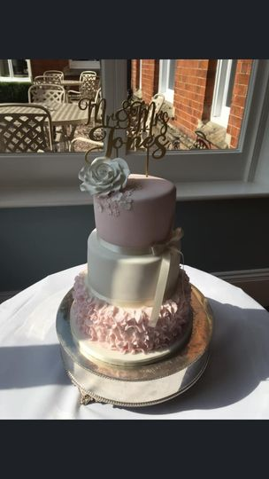 Cakes Cakes by louise 17