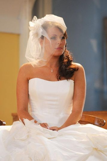 Hair with fascinator veil