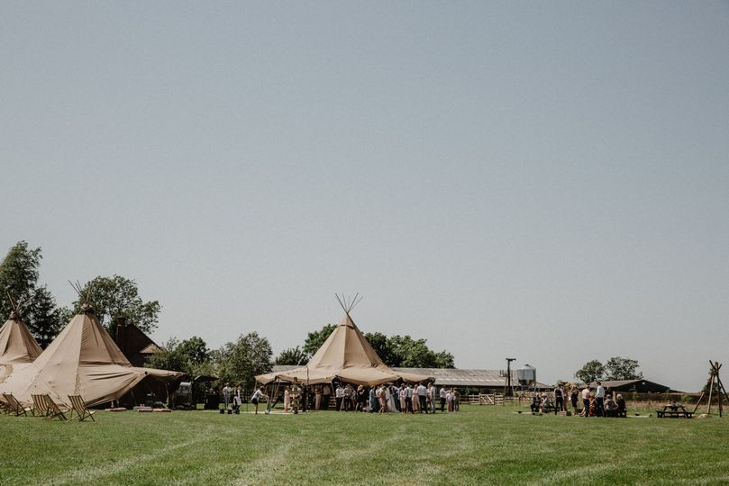 Multiple tipis for wedding celebrations