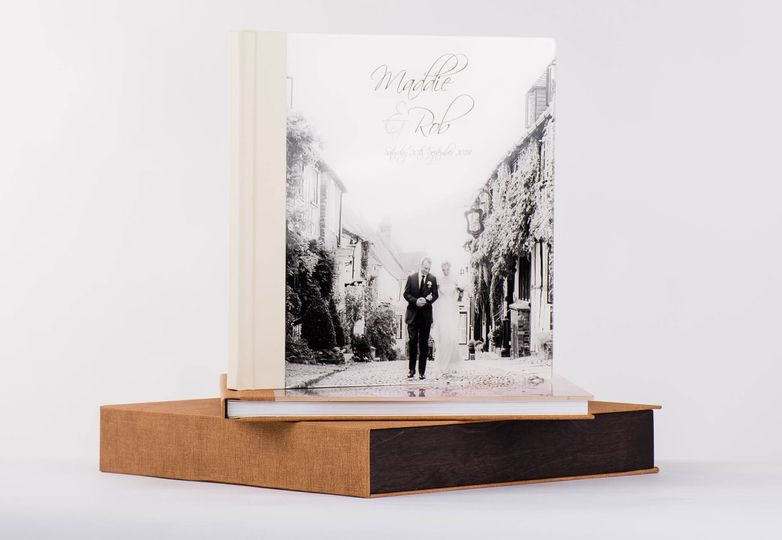 Albums and Guest Books PikPerfect Wedding Albums 3