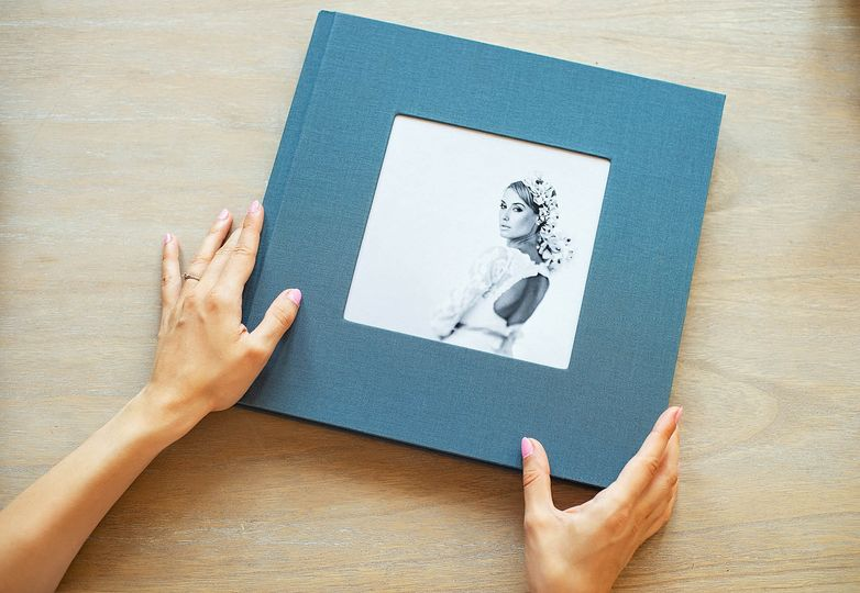 Albums and Guest Books PikPerfect Wedding Albums 4