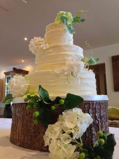 Rustic buttercream wedding cak