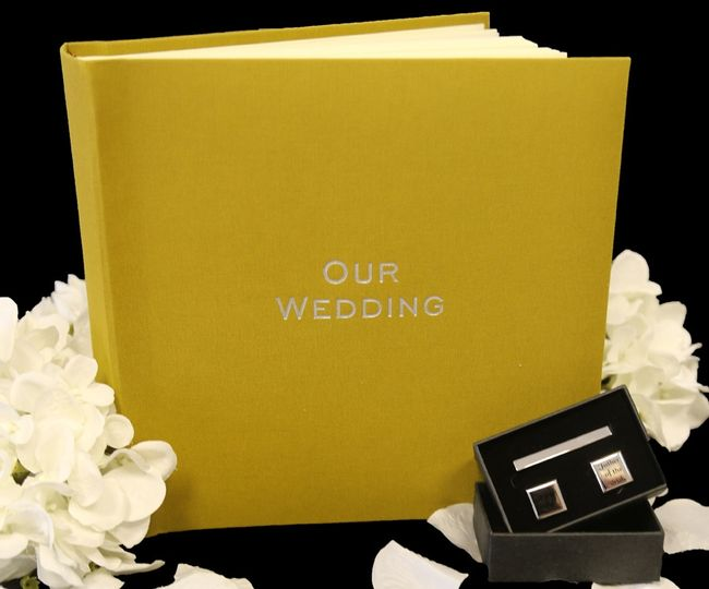 Small Somerset Linen Wedding Photo Albums
