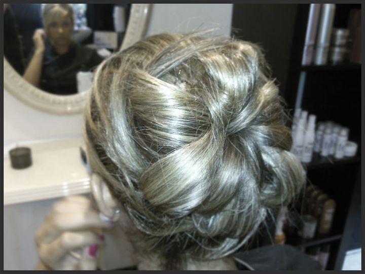 Mobile Wedding Hair