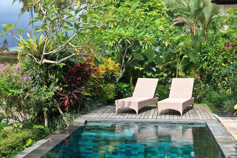 Private pool, ultimate romance