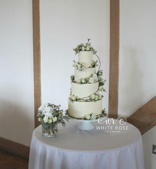 Fresh Flowers Wedding Cake