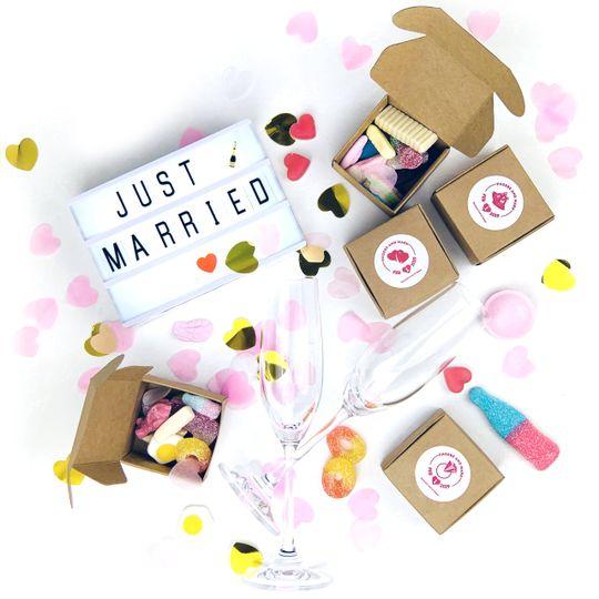 wedding favour 4 4 279647 161954054980379